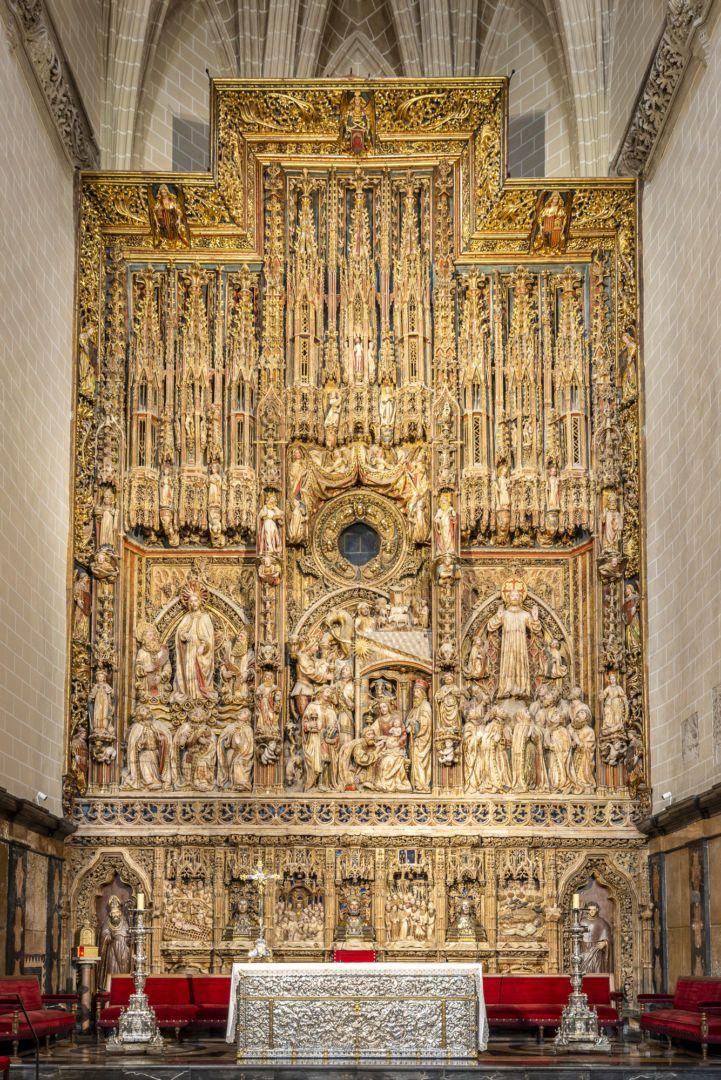 The three busts of San Valero, San Vicente and San Lorenzo are located in the main altarpiece. (catedraldezaragoza.es)